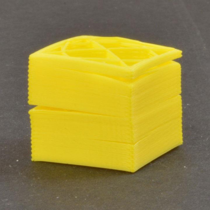 مشکل جدا شدن لایه ها در پرینت سه بعدی
