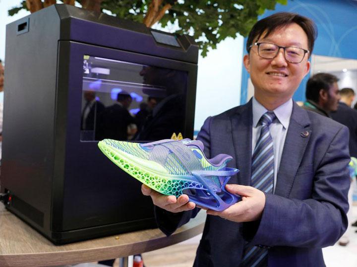 کفش های قابل بازیافت TPU با پرینت سه بعدی