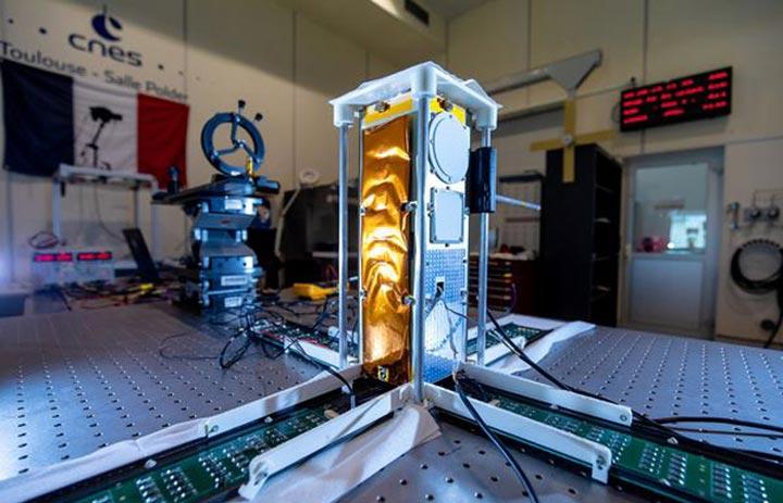 پرینت سه بعدی سرامیک برای آنتن های ماهواره ای