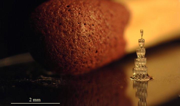 کوچکترین هرم شامپاین پرینت سه بعدی