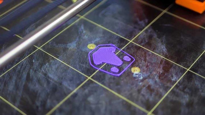 اولین لایه ی پرینت سه بعدی