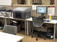 پرینتر رومیزی با تکنولوژی FFF ساخت Stratasys
