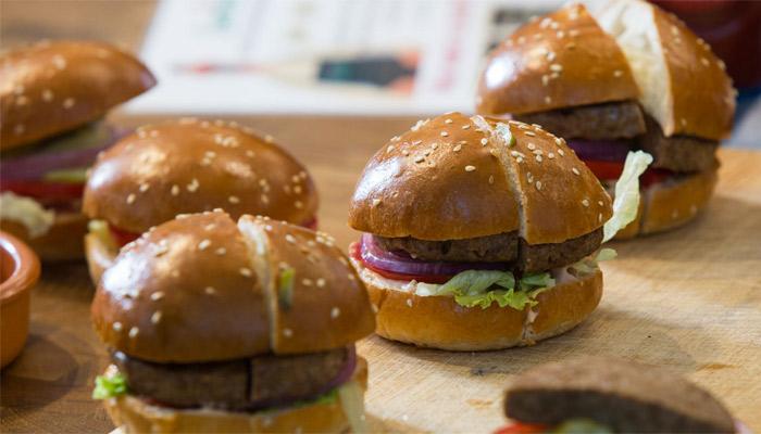 هر روزه کمپانی های بیشتری دست به تولید جایگزین گوشت پرینت سه بعدی می زنند
